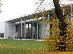 Pinakothek_der_Moderne_Muenchen